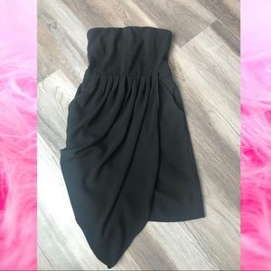Lulu's Strapless LBD *WITH POCKETS!*